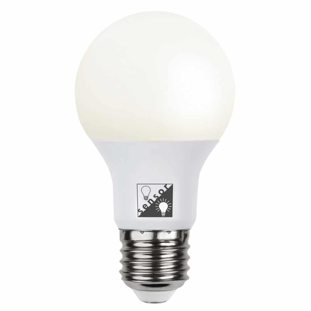 led d mmerungssensor 10 watt 806 lumen ersetzt 60 watt warmwei 2700 kelvin 80 ra e27. Black Bedroom Furniture Sets. Home Design Ideas